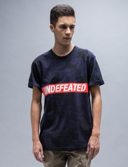 UNDEFEATED Navy Car Crash T-Shirt Picture
