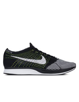 NIKE Flyknit Racer Picture