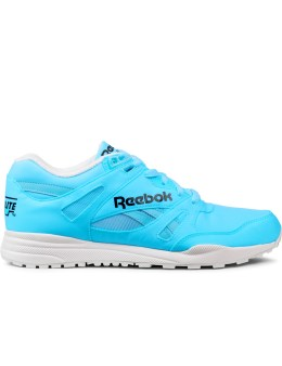 Reebok Neon Blue/White M46608 Ventilator DG Shoes Picture