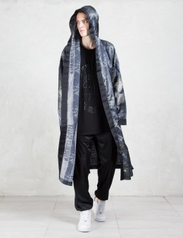 ASTRID ANDERSEN Printed Satin Robe Picture