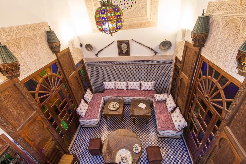 edin a site ului dintre Marocan Cautand femeie 78 de ani Annemasse