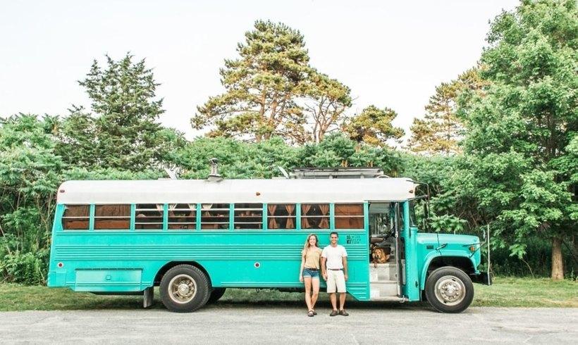 Пара превратила автобус для заключенных в шикарный дом на колесах