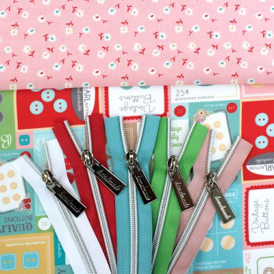Button Cards Bag Fabric and Zippers bundle