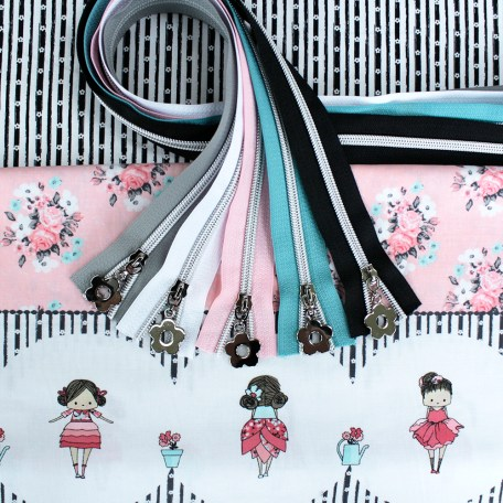 Abbie's Garden Fabric & Zipper Bundle - mint