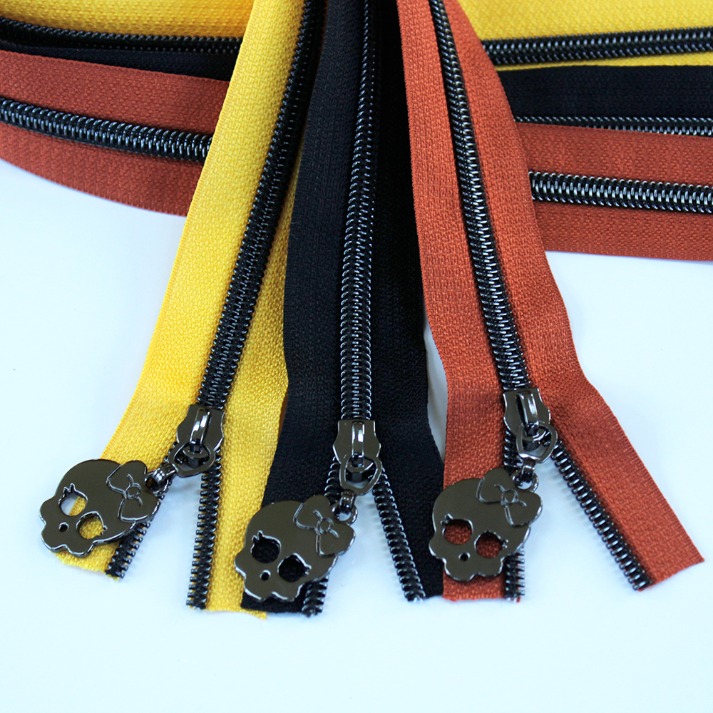 Halloween Zipper Kit - gunmetal
