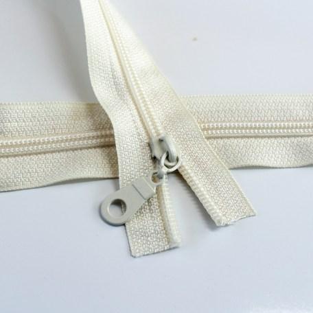 #5-ivory-zipper-regular-coil
