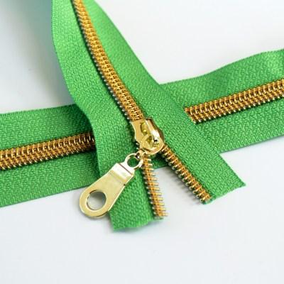 #5-spring-green-zipper-gold-coil