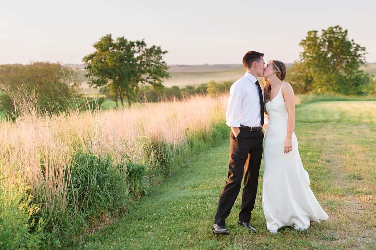 sunset photos at sugar grove vineyard