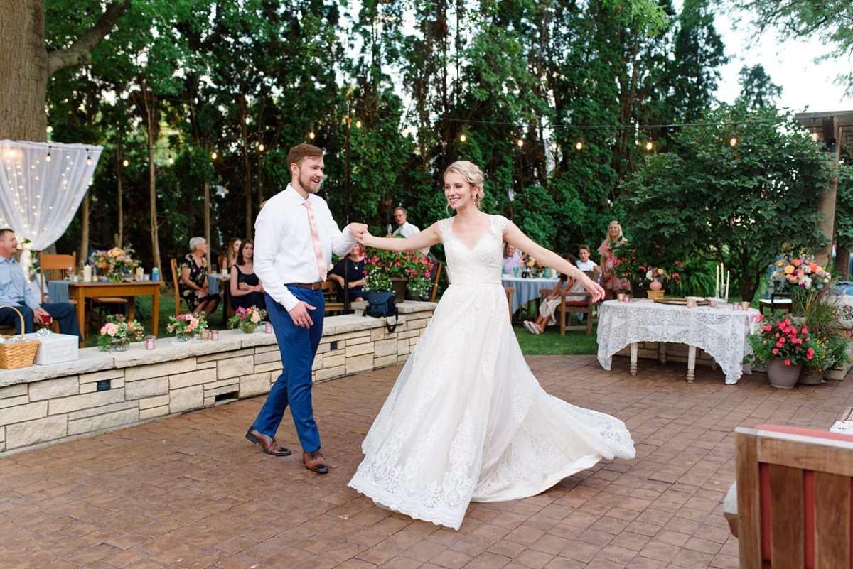 small backyard covid wedding in Iowa
