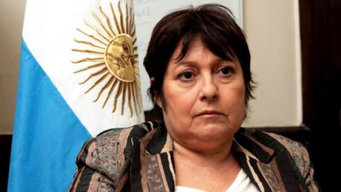 Vaccine alert: Graciela Ocaña asked the Executive for information.