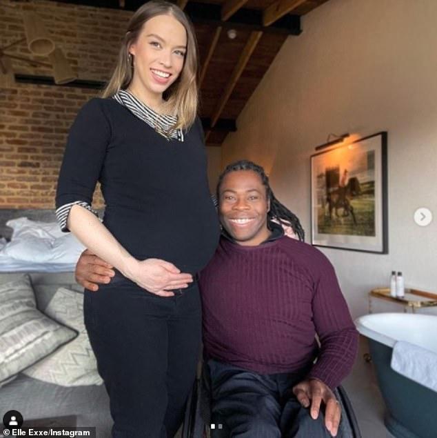 ¡Felicidades!  El atleta paralímpico Ade Adepitan, de 47 años, y su esposa cantante Linda Harrison, de 30, anunciaron el nacimiento de su hijo el lunes.