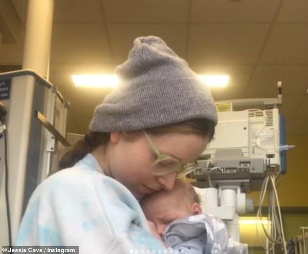 Dulce: el hijo de tres meses de la estrella de Harry Potter Jessie Cave, Abraham, dejó el Hospital Chelsea & Westminster después de ser tratado por coronavirus