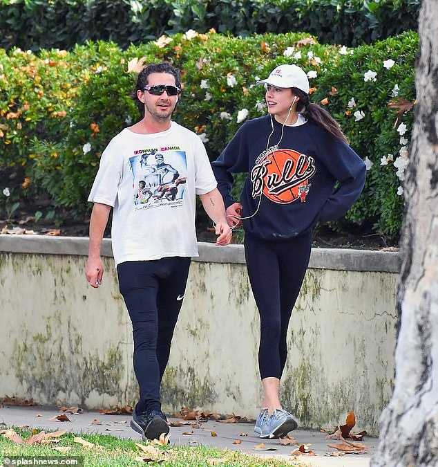 ¡Hecho!  Según los informes, Shia LaBeouf y Margaret Qualley se han separado.  El actor, de 34 años, y la actriz, de 26,