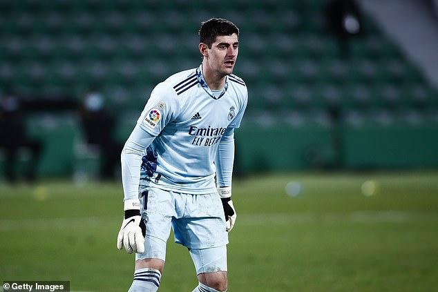 El portero del Real Madrid criticó a LaLiga por dejar salir adelante el partido con Osasuna