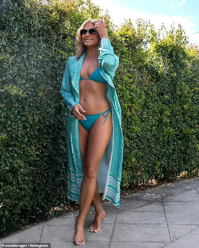 ¡Simplemente impresionante!  La presentadora de Channel Seven, Sonia Kruger, reveló los secretos detrás de su cuerpo en bikini que desafía la edad en una entrevista con la revista New Idea del lunes.