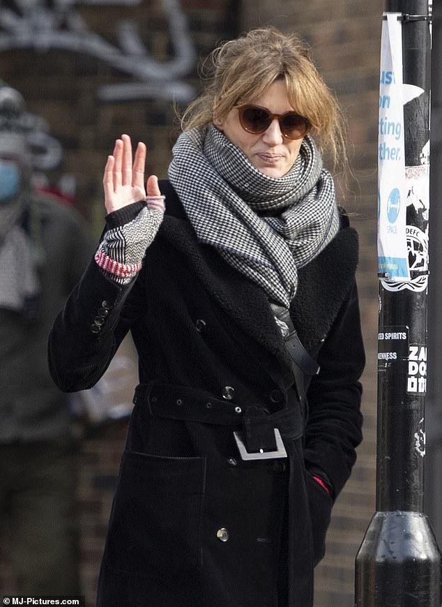 Jemima Goldsmith fue vista por primera vez desde que se reveló que estaba saliendo con el escritor de The Crown, Peter Morgan, semanas después de su separación de Gillian Anderson.