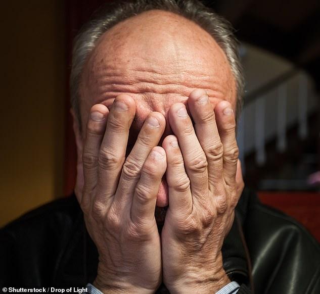 La depresión, la ansiedad y otras enfermedades mentales pueden aparecer como respuesta a acontecimientos de la vida, pero no siempre tienen causas obvias.  La ansiedad y la depresión son muy comunes y se diagnostican con mayor frecuencia en personas de entre 35 y 55 años. (Imagen de archivo)