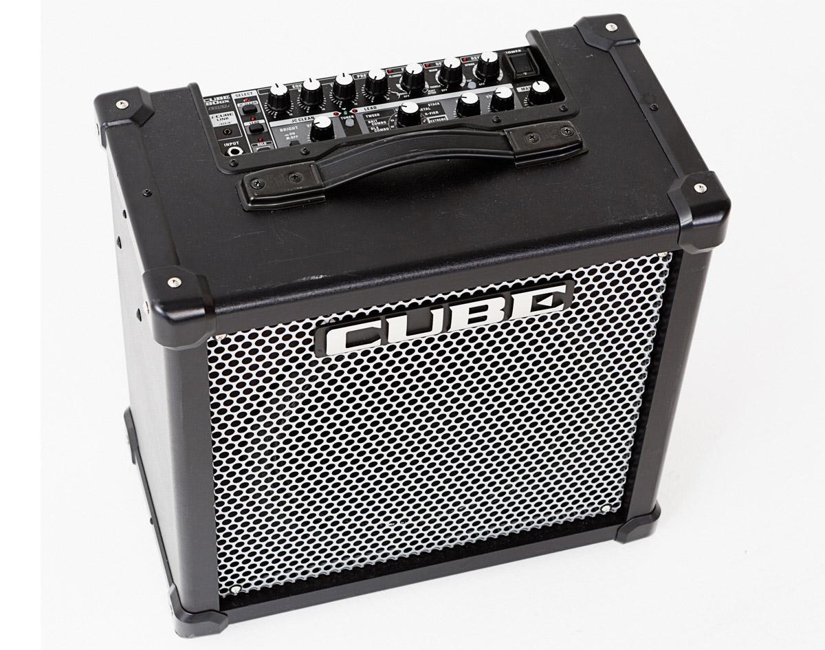 Roland Cube Digital Modelling Practice Amp