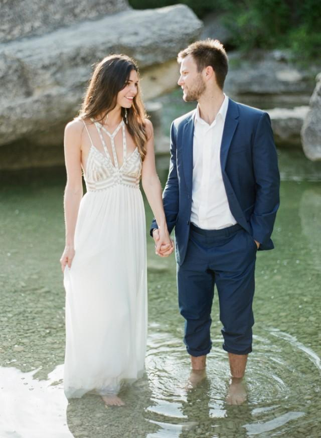 Outdoor Engagement Session In Austin TX Wedding Sparrow