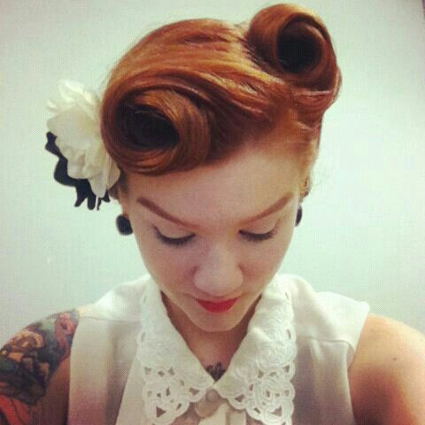 wedding hairstyles pin up hair ilove the vintage feel weddbook
