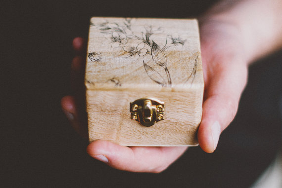 """Rustic Style Engagement Ring Box """"Be Mine"""