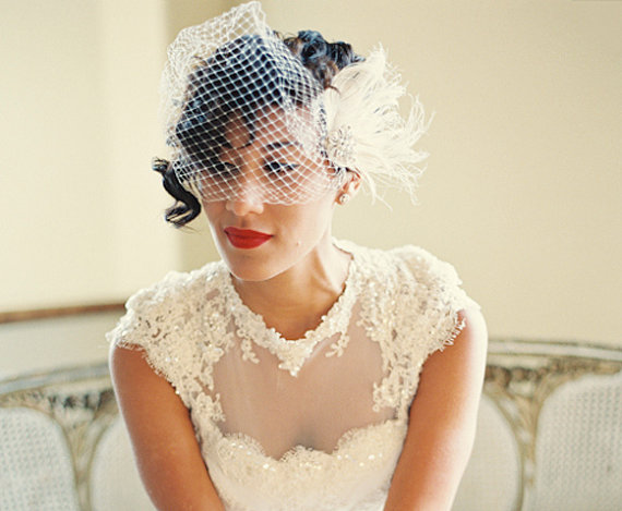 wedding hair clip bridal fascinator french net bridal veil vintage style brooch feather fascinator ivory wedding fascinator bridal veil