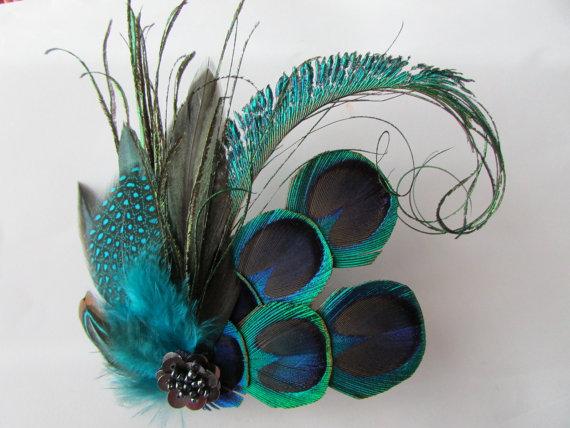 peacock feather hair fascinator large blue green vintage look art deco style wedding bridal hair piece