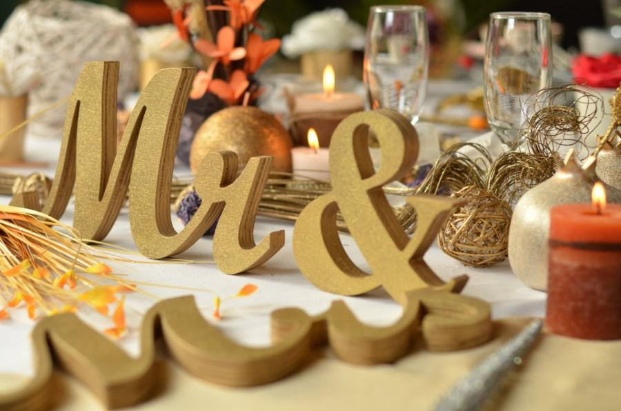 Gold Glitter Mr. & Mrs. Wedding Signs For Sweetheart Table