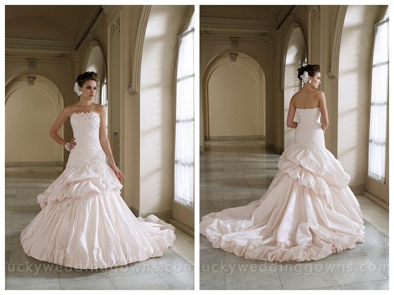 Strapless Full A-line Wedding Dress With Two Tiered Pick