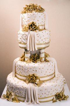Cake   Mouth Watering Huge Wedding Cakes  2506397   Weddbook Mouth Watering Huge Wedding Cakes