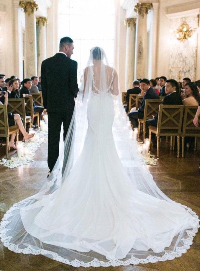 Veil Mantilla Extra Full Chantilly Lace Spanish. Long Sheath Wedding Dress  ... b25575035725