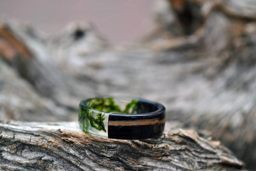 Mens Resin Band Set Mens Wedding Bands Resin Ring Set Real Moss     Mens resin band set Mens wedding bands Resin ring set Real moss rings Green  black rings Eco Friendly Rings Gift for him Rustic bands