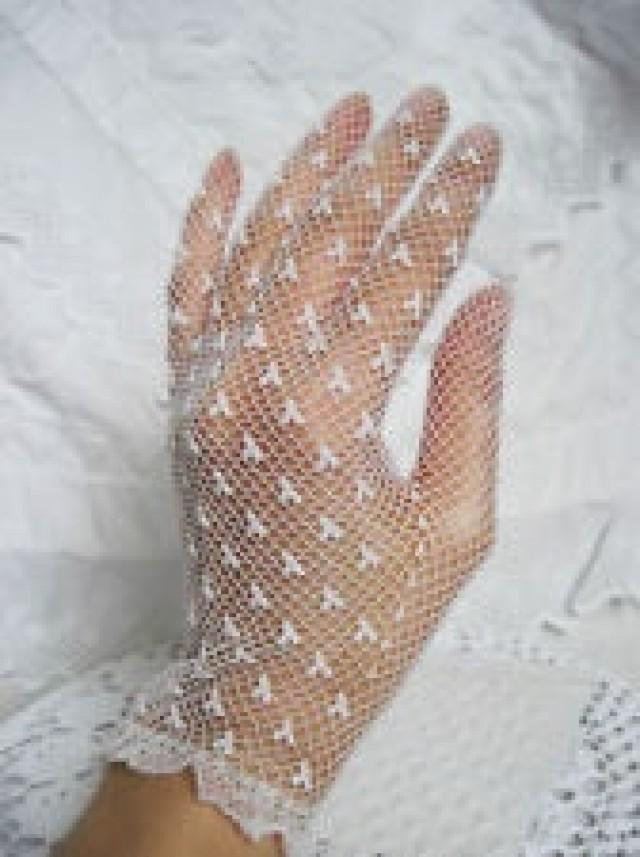 Vintage Elasticated Stretch White Lace Gloves Bridesmaid