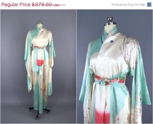 Vintage Kimono / Silk Kimono Robe / Dressing Gown