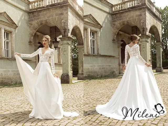 Dress In Availability . Wedding Dress. Very Elegant And