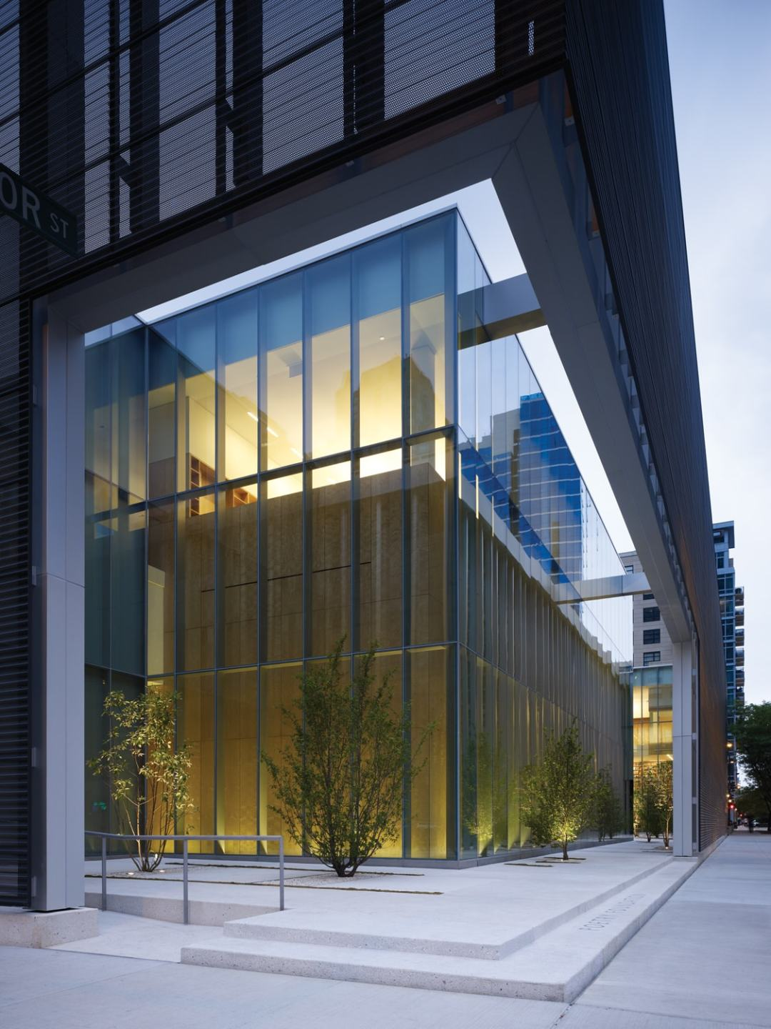Chicago - Poetry Foundation - photo credit: John Ronan Architects & Steve Hall, Hedrich Blessing