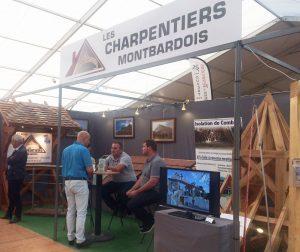 Les Charpentiers montbardois présents sur la foire régionale de Montbard 2017