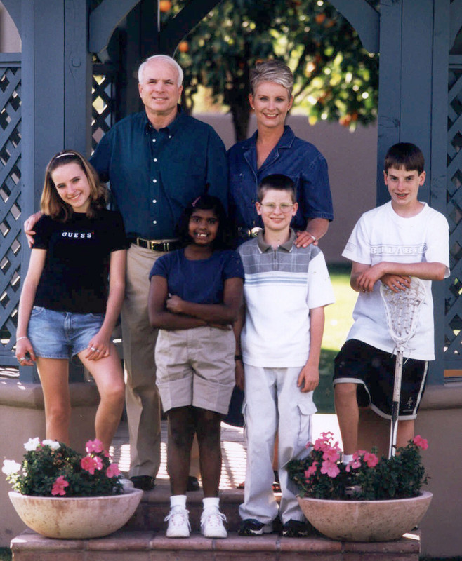 John McCain with his second wife Cindy Lou Hensley and children Douglas, Andrew, Sidney and Bridget
