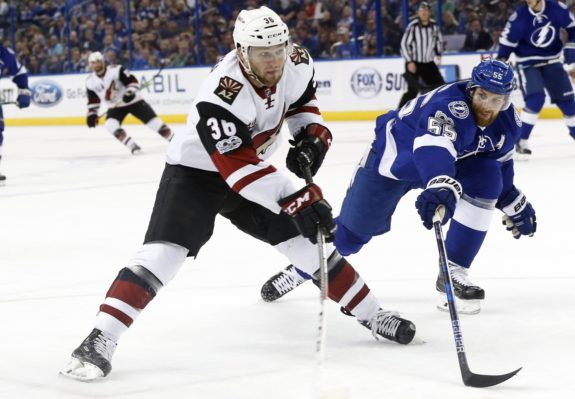 Arizona Coyotes right wing Christian Fischer