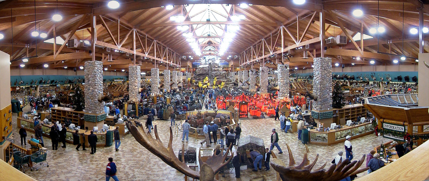 Cabelas Dundee Michigan By Robert Hooper At