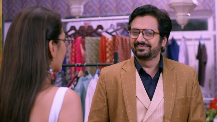 Kumkum Bhagya 21 August 2019 Preview: Vikram Shows Pragya Abhi's Photo