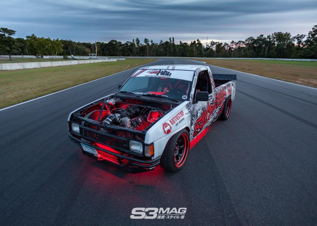 nissan-hardbody-drift-truck-s3-magazine-12