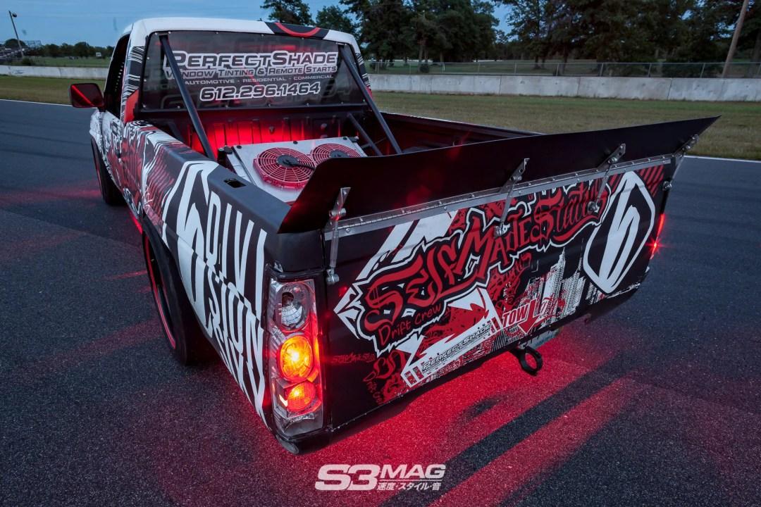 nissan-hardbody-drift-truck-s3-magazine-14