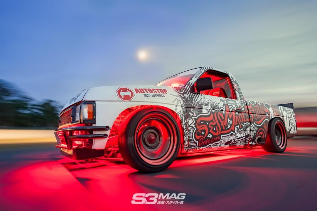 nissan-hardbody-drift-truck-s3-magazine-15