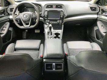 Maxima interior