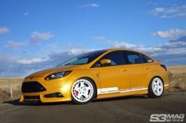 Focus ST Sedan yellow
