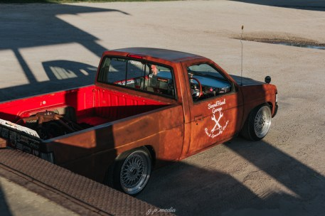 s3-magazine-nissan-hardbody-d21-rat-pickup-33