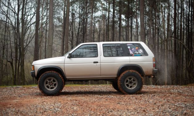 Lifted Nissan Pathfinder : D21 (1987-1995)