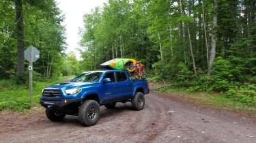 Toyota-Tacoma-Offroad-4x4-TRD-Sport-2