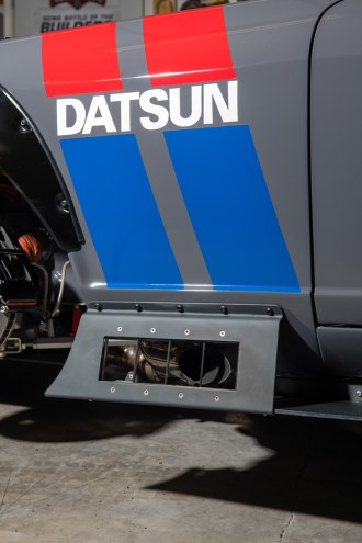 Datsun-240z-S3-Magazine-23